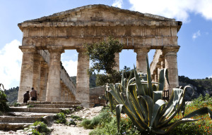 about siiclian history, visit segesta temples just close toTrapani