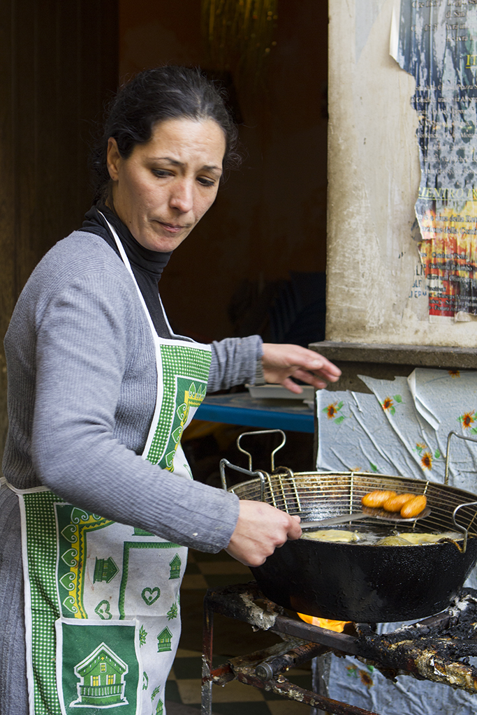 Cooking on the palermitan streets